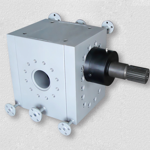 Plastic gear pump